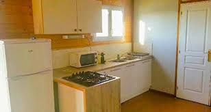 location cuisine large chalet at cing crin blanc in camargue air conditioned