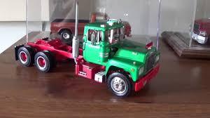 100 Amt Model Trucks Plastic