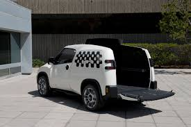 100 Toyota Concept Truck Customizes Roofless Van Operations Work