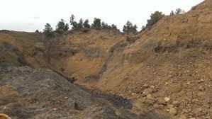 Dugway Geode Beds by Muddy Creek Septarian Nodule Dig Rockhounding Utah