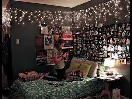 String Lights In Bedroom