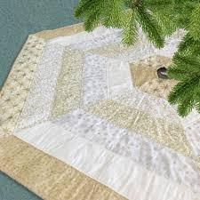 Holly Jolly Tree Skirt Kit