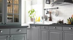 cuisines grises cuisine repeinte gris blanc d co peinture nadine en newsindo co