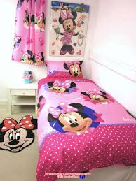 Minnie Mouse Twin Bedding by Minnie Mouse Full Sheet Set Disney Minnie Mouse Rock The Dots