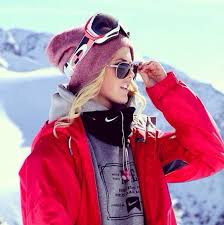 Snow Boarding Outfits Best 25 Snowboarding Outfit Ideas On Pinterest