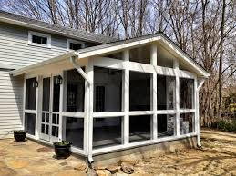 Diy Screened In Porch Decorating Ideas by Best 25 Screened Porch Designs Ideas On Pinterest Covered Back