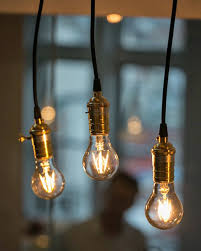 led lights that mimic the look of vintage edison bulbs