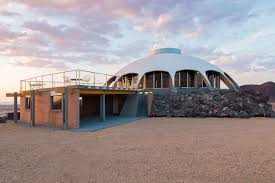 100 Mojave Desert Homes Futuristic Volcano House Gazes At The Stars In The