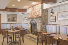 Georges Dining Room And Bar For Ideas
