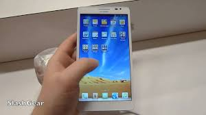 CES 2013 Huawei Ascend Mate 6 1 inch smartphone hands on