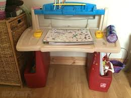 Art Master Activity Desk Art by Step2 Deluxe Art Master Desk With Chair U2013 Naohiga