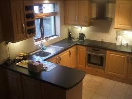 Hood Range Small U Shaped Kitchen Designs White Tile Backsplash Lacquered Cabinet Wooden Kitche Island Area Rug