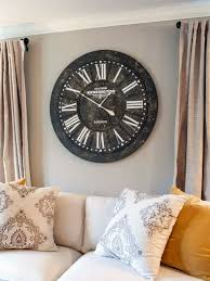 Wall Clock Vintage Wanddeko Living Room Beige Curtains