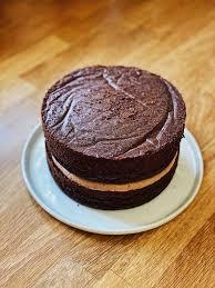 kinder schokolade torte chocolate drip cake