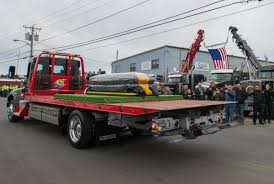 100 Tow Truck Driver Pay Hundreds In Industry Pay Final Respects Merrimack Valley
