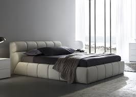 Platform Bedroom Set by Modern King Size Bedroom Sets Poster Bed King Size Platform