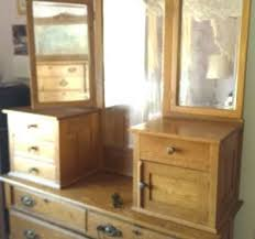davinci kalani combo dresser honey oak honey oak dresser antique