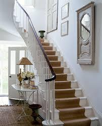 idée deco cage escalier interieur