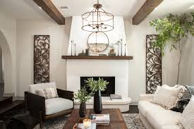The Look Of Stucco Fireplace Combined With Raw Wooden Beams Really Highlights High Ceilings And Gives Italian Chateau Feel Ignacio