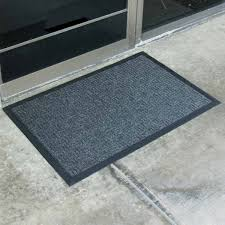 The Differences Between Two Types Of Commercial Entrance Door Mats