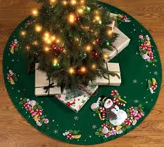 The Grinch Christmas Tree Skirt by Grinch Christmas Tree Skirt Christmas Ideas Christmas Tree Skirt