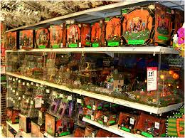 Lemax Halloween Village Displays by 18 Lemax Halloween Village Shelves In Shape Of Christmas