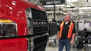 100 Mack Trucks Macungie Jamie Davis Visits Volvo Group North America