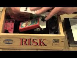 RISK NOSTALGIA WOODEN EDITION BOARD GAME UN BOXING