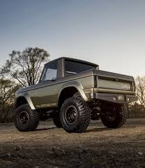 "Utwo: "" 1966 Ford Bronco © Trucktrend "" 