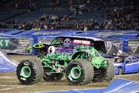 100 Biggest Monster Truck The BIGGEST Family Fun Show Jam 2019 The Funny Mom Blog