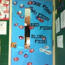Dr Seuss Door Decorating Ideas by Zoo Door Decorations Dr Seuss Doors Part 1 Zoo Pinterest