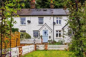 100 Oxted Houses For Sale 2 Bedroom Property In Hillside Cottages Surrey