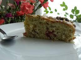 cake a la pate de pistache gâteau aux pistaches et aux framboises basboussa