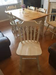 Pine Farmhouse Table And 6 Chairs