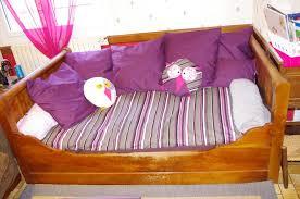 lit transformé en canapé transformer un lit en canapé crea piafouille