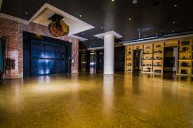 100 Warehouse Sf Hechts 300000 SF Polished Concrete Advantage