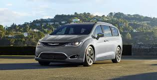 2018 Chrysler Pacifica | Jeep Chrysler Dodge Ram FIAT Of Ontario ...