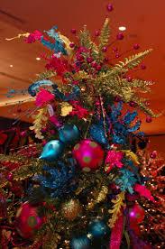 Christmas Tree Bead Garland Ideas by Pheasant Feather Christmas Tree Topper Christmas Pinterest