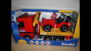100 Bruder Tow Truck OVERVIEW OF BRUDER TOYS AMAZING TOY MAN TOW TRUCK YouTube