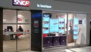 auchan le pontet boutique non à la fermeture de la boutique sncf auchan nord avignon le pontet