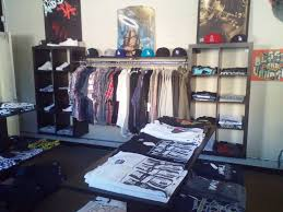 URBAN CLOTHING STORE WHITTIER CA