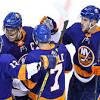 Islanders soundly beat Flyers in Game 3, take 2-1 series lead