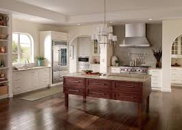 Hom Furniture Fargo for a Traditional Kitchen with a Traditional
