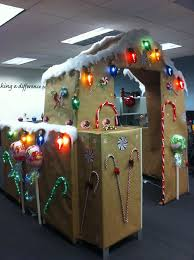 Cubicle Decoration Themes In Office For Christmas by Cubicle Decorating Contest Gingerbread Cubicle Smile