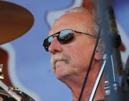 "Butch Trucks Recalls Getting Into A ""Musical Fight"" With Duane Allman Drums Duane Trucks And Sunny Ortiz Richmond 2122016 Youtube Tedeschitrucks Band At The Beacon Theatre Elmore Magazine Guitarist Derek Gets Allman Brothers Mushroom Tattoo Drummer Killed Himself Police Toronto Star Allmans Daughter Returns To Macon Butch 1947 2017 Legacycom Makers Dozen Widespread Panics Carries Forward His Tedeschi Playing Guitar Interview On Closing Fillmore East Hard Working Americans Rest In Chaos Tour Bijou No One To Run With Warren Haynes With"