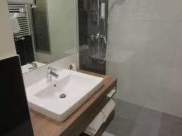 das badezimmer klein aber fein austria trend hotel doppio