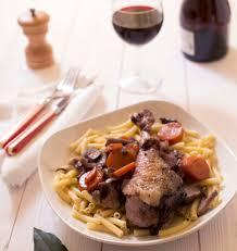 cuisiner un coq coq au vin les meilleures recettes de cuisine d ôdélices