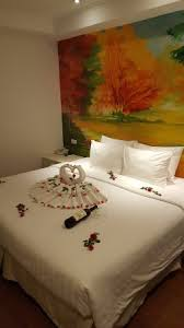 Hanoi La Selva Hotel Anniversary Room Decoration With A Complementary Wine