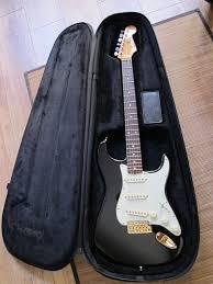 Fender Special Edition Black1 John Mayer Stratocaster Toutibaz Images