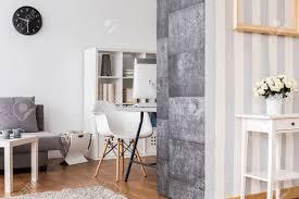 büro und wohnzimmer kombiniert helle interieur mit dekorativen tapete